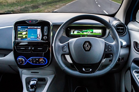 Interior steering wheel and panel view of Renault ZOE