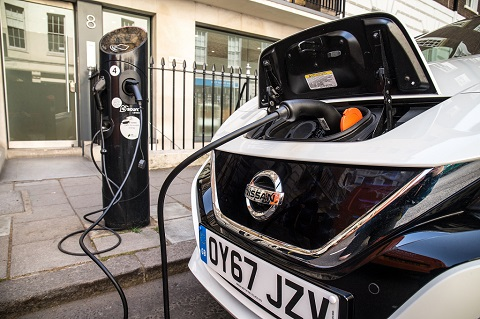 Surge in the number of UK charging stations