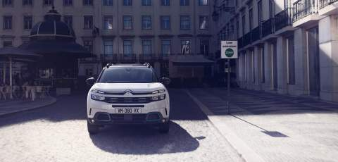 Citroën begins its electric offensive with C5 Aircross PHEV