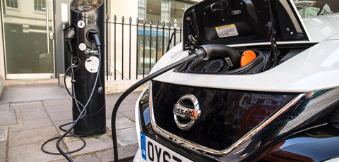 Government planning to end plug-in car grant on EVs