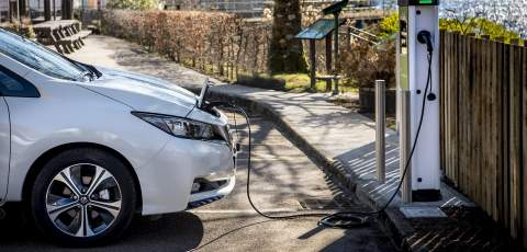 Lock-up garages to become charging hubs in London