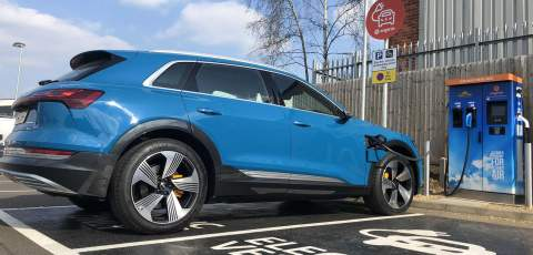 Government sets out vision for ultra-rapid charging in England