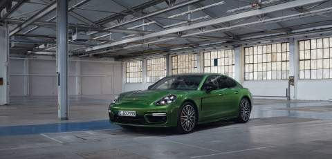 New Porsche Panamera 4 E-Hybrid and Turbo S E-Hybrid