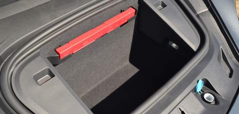 Porsche Taycan Turbo front luggage compartment