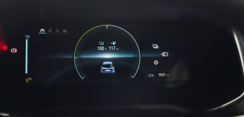 Renault ZOE GT Line R135 Z.E. 10 inch driver's display