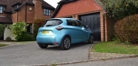 Renault ZOE GT Line R135 Z.E. rear three-quarter