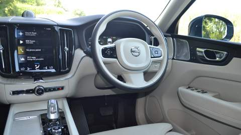 XC60 steering wheel and dash view